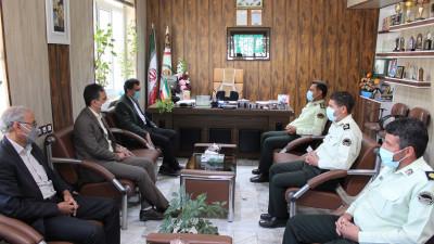 رئیس دانشگاه با فرمانده نیروی انتظامی قاین دیدار کرد